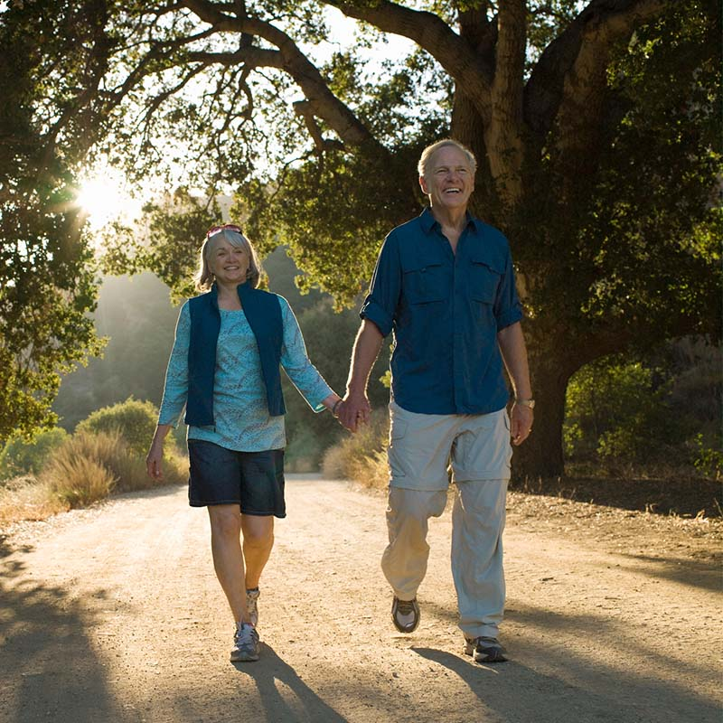 Couple walking on a Florida hike for brain health